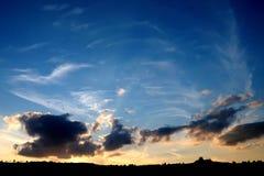 De hemel van de zonsondergang Stock Afbeeldingen