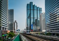 De Hemeltrein van BTS of van Bangkok bij Chong Nonsi Station-post royalty-vrije stock foto's