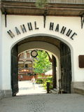 De Herberg van Manuc (Hanul Manuc) Boekarest stock afbeeldingen