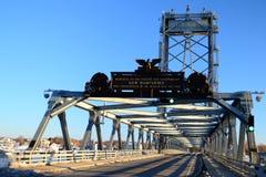 De Herdenkingsbrug van Portsmouth Stock Afbeeldingen