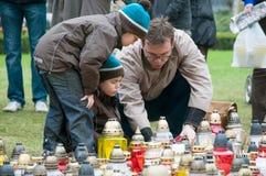 De herdenkingskaarsen van de verlichting Stock Foto's
