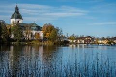 De herfst in de begraafplaats van Filipstad Zweden Stock Afbeeldingen