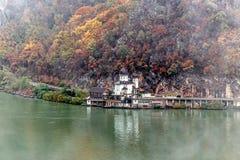 De herfst bij de Kloven van Donau Stock Afbeeldingen