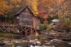 De herfst bij de Molen van het Maalkoren Royalty-vrije Stock Foto