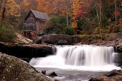 De herfst bij de Molen van het Maalkoren Stock Afbeeldingen