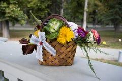 De herfst bloemenregeling royalty-vrije stock foto's