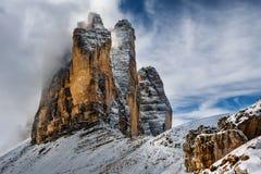 De herfst in het Dolomiet, natuurreservaat Tre Cime Noord-Italië royalty-vrije stock afbeelding