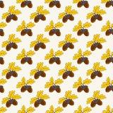 De herfst naadloos patroon met eikels Het kan voor prestaties van het ontwerpwerk noodzakelijk zijn Stock Foto's