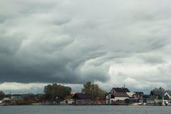 De herfst op Dnipro-rivier, Ukrainka Stock Fotografie