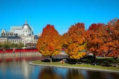De herfst in Oude haven van Montreal in Canada stock afbeelding