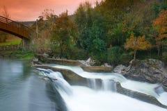 De herfst in Puente Viesgo Royalty-vrije Stock Foto's