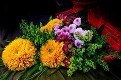 De herfstboeket van bloemen Stock Fotografie