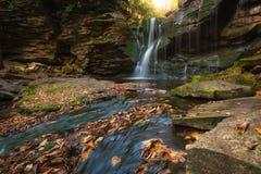 De herfstkleuren bij Elakala-Dalingen van West-Virginia royalty-vrije stock afbeelding