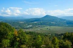 De herfstlandschap in de bergbovenkant Stock Foto's