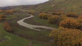 De herfstlandschap, luchtlengte Nieuw Zeeland stock videobeelden