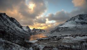 De herfstlandschap, Vareid, Flakstad, Lofoten, Nordland, Noorwegen stock foto's