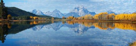 De herfstlandschap in Yellowstone, Wyoming, de V.S. Stock Foto's