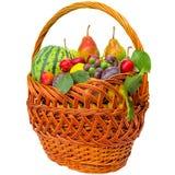 De herfstmand met fruit op een witte achtergrond wordt geïsoleerd die Stock Foto