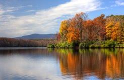De herfstmeer Royalty-vrije Stock Fotografie