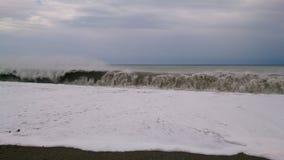De herfstonweer in de Zwarte Zee stock afbeeldingen