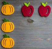 De herfstpompoen en appel Royalty-vrije Stock Afbeelding