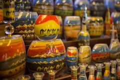 De herinneringen van de zandfles in Madinat Jumeirah Souk, Doubai, de V.A.E Royalty-vrije Stock Foto's