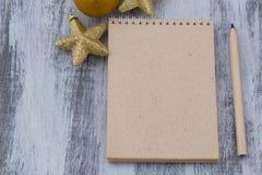 De het Kerstmisbrief en potlood Stock Afbeeldingen