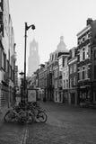 De het winkelen straat Zadelstraat in de oude stad van Utrecht Stock Foto