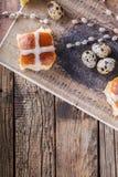 De Hete Dwarsbroodjes van Pasen Stock Foto