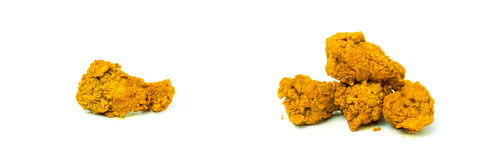 De hete en kruidige Fried Chicken-vleugels isoleren op witte achtergrond Royalty-vrije Stock Afbeelding