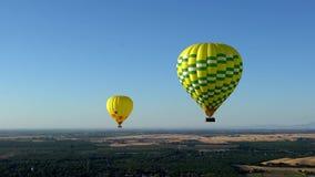 De hete luchtballon photgrphed in Bealton, toont de Vliegende Lucht van het Circus VA stock footage