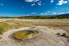 De hete thermische lente in Yellowstone Stock Afbeelding