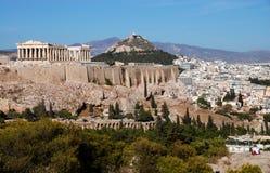 De Heuvel van Athene en van de Akropolis stock foto