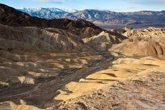 De Heuvels van de Woestijn van de Vallei van de dood Stock Afbeeldingen