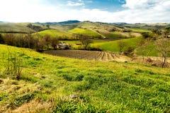 De Heuvels van Toscanië Stock Afbeeldingen