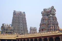 De Hindoese tempel van Meenakshi in Madurai stock afbeeldingen