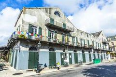 De historische bouw in het Franse Kwart Royalty-vrije Stock Afbeeldingen