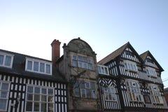 De historische Bouw in Schaduw in Chester royalty-vrije stock afbeeldingen
