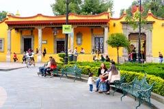 De historische buurt van Coyoacan in Mexico-City royalty-vrije stock afbeeldingen
