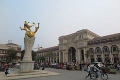 De historische gebouwen van Vijf Grote Wegen in Tianjin royalty-vrije stock foto's