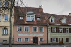 De historische oude stad van Bamberg met barokke architectuur en iconische houten-ontworpen huizen - Duitsland stock afbeelding