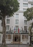 De historische Sofitel-Legende Metropole, een vijfsterrenluxehotel dat in 1901, Hanoi, Vietnam wordt geopend stock foto