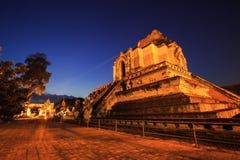 De historische tempel van Wat Chedi Luang in Thailand Royalty-vrije Stock Foto