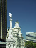 De historische toren Madrid Spanje Europa van bureaugebouwen Royalty-vrije Stock Foto's