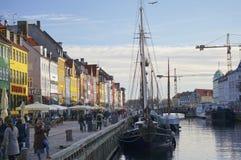 De historiska skeppen i Nyhavn (den nya hamnen), Köpenhamn Royaltyfria Foton