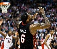 De Hitte van Miami versus de Roofvogels van Toronto Stock Fotografie