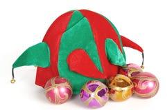 De hoed van de kerstman en Kerstmisdecoratie Royalty-vrije Stock Afbeeldingen