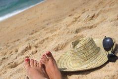 De hoed van de zeekust en van het stro Royalty-vrije Stock Afbeeldingen
