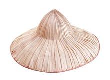 De hoeden van de palmboer die op witte achtergrond met het knippen van weg, traditionele Thaise handcraft natuurlijke patronen wo stock foto's