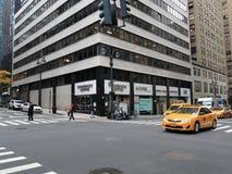 De Hoek van de de Stadsstraat van New York Stock Afbeelding